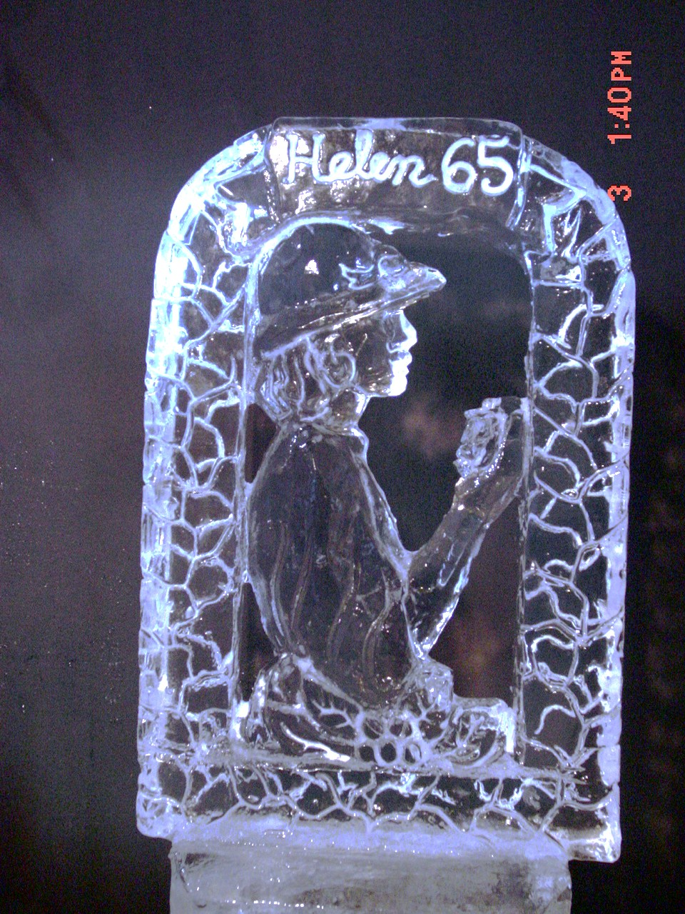 CUSTOM DESIGN ICE SCULPTURE